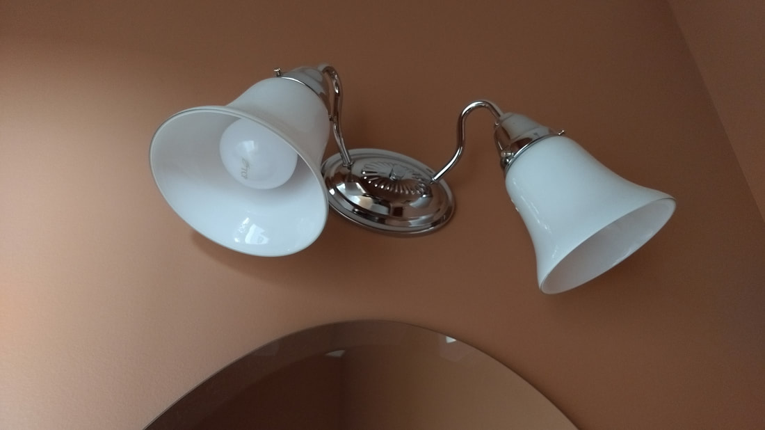 A19 Wall Sconce